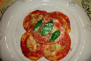 DINNER-PAL Cappellachio With Pink Tomato Sauce