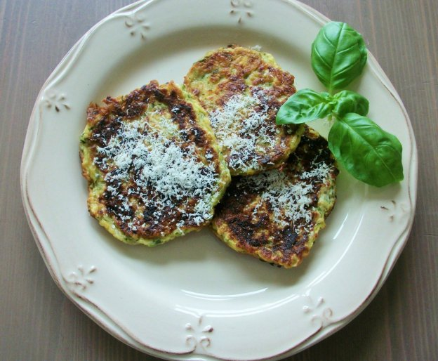 DINNER-PAL Zucchini Pancakes With Parmesan