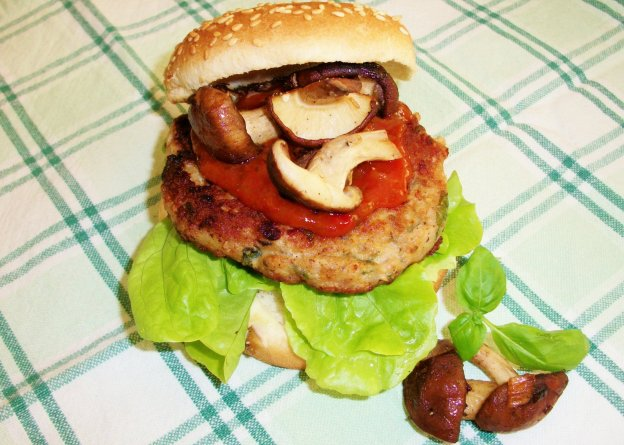 DINNER-PAL Herby Chicken Burgers