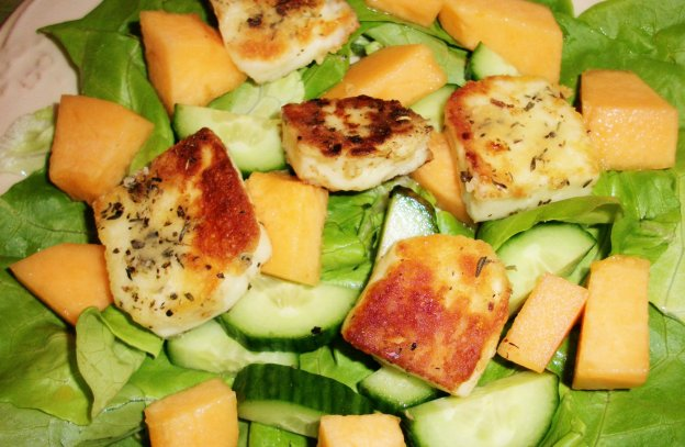 DINNER-PAL Halloumi And Melon Salad