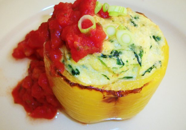 DINNER-PAL Polenta And Spinach Stuffed Peppers