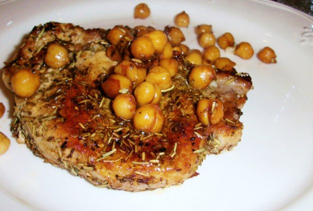 DINNER-PAL Pork Chops With Chickpeas